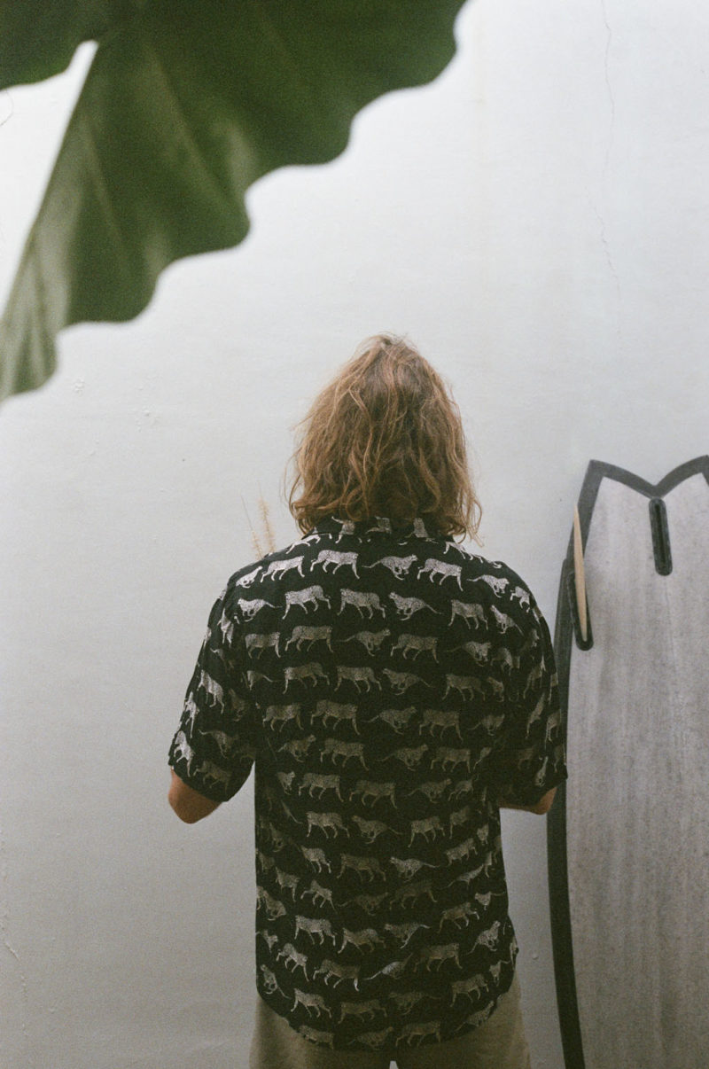 chemise noire kacang mixte imprimé léopard